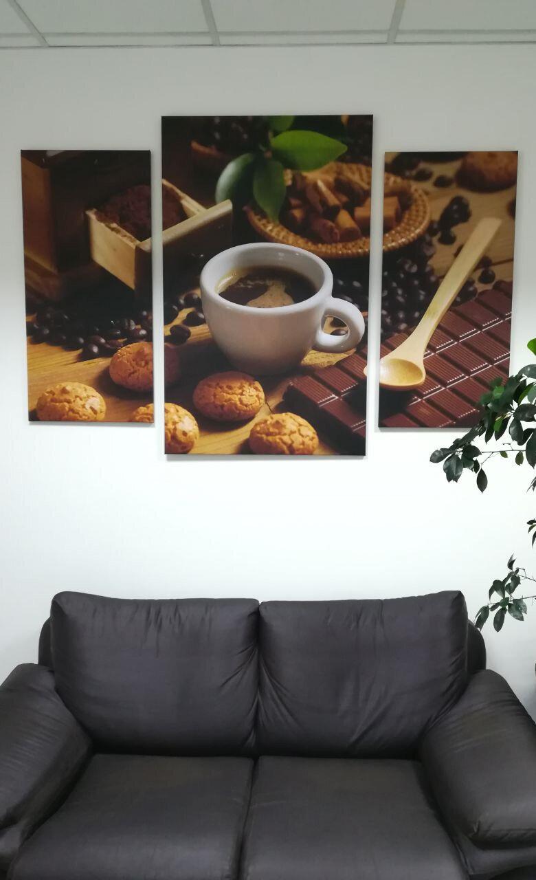 Fotografske slike v pisarniškem prostoru