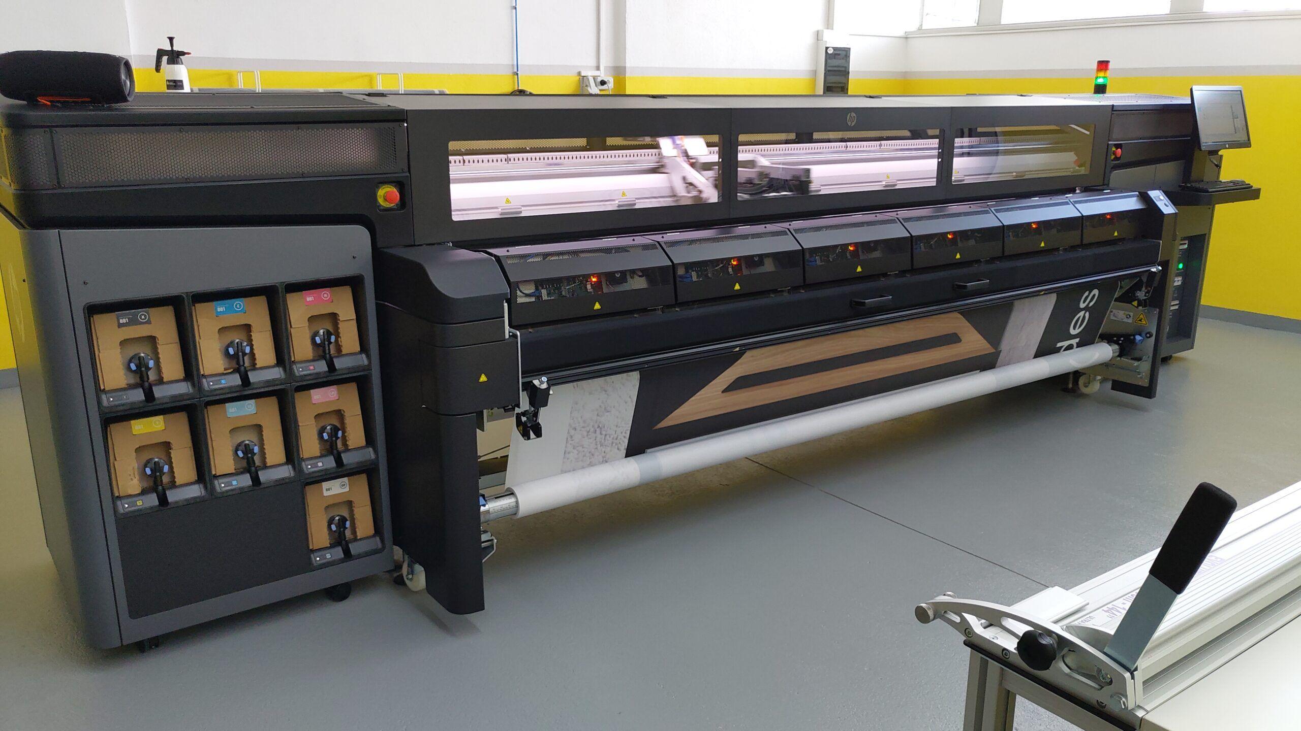Tiskalnik HP Latex 1500